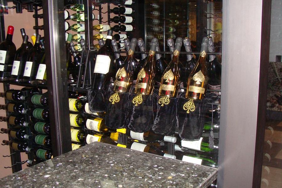 Metal Custom Wine Rack Display