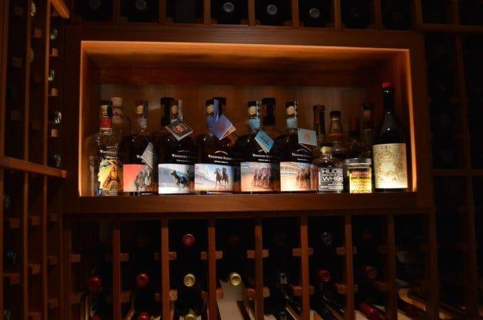 Sophisticated Way of Illuminating the Shelf Wine Display